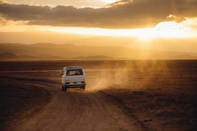 Wyjazdy internacjonalne czy musimy podróżować własnym środkiem transportu?
